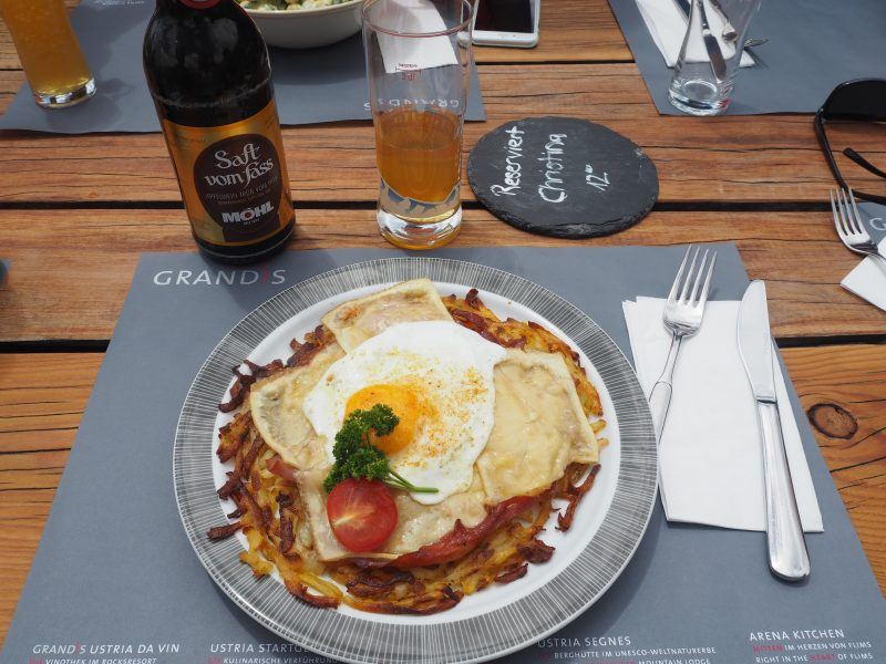 Swiss food Rösti