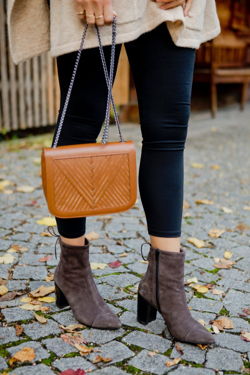 Saida Vagabond shoes and Lili Radu Coachella bag