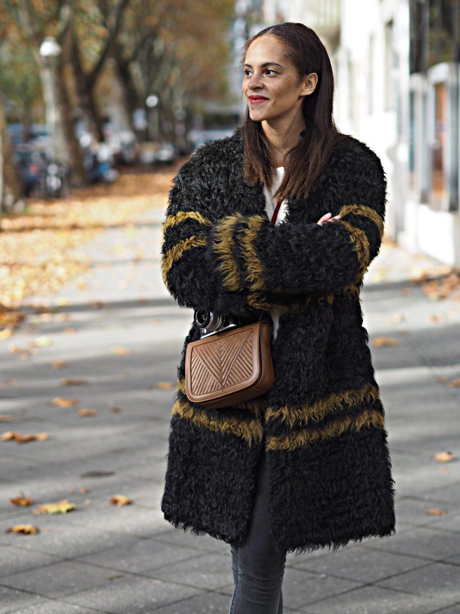 outfit luisa cerano sheepskin coat les berlinettes. Black Bedroom Furniture Sets. Home Design Ideas