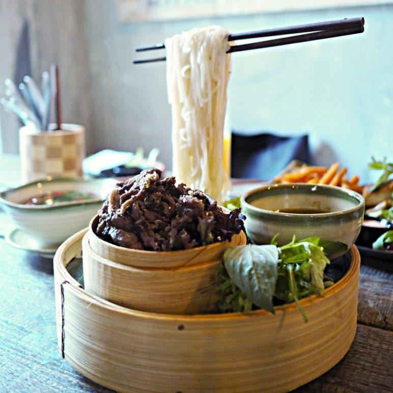 Flying Noodles at Anjoy, vietnamese restaurant in Prenzlauer Berlin, Berlin
