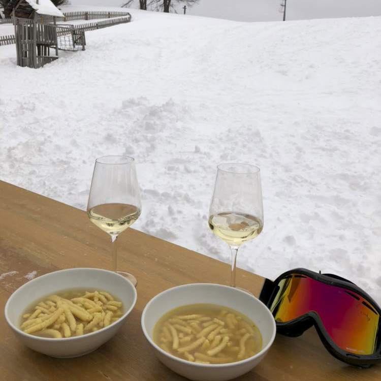 On a gourmet ski safari in Alta Badia – Italian Michelin stars cooking on the slopes