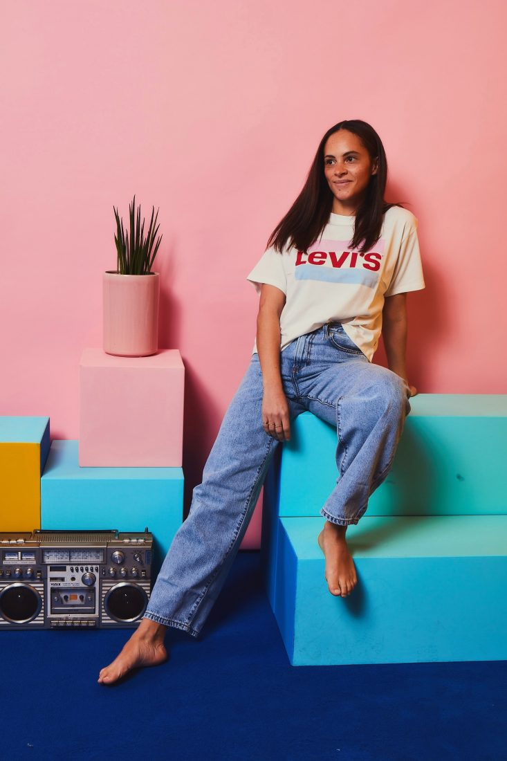 Berlin fashion blogger levi's 90's big baggy jeans