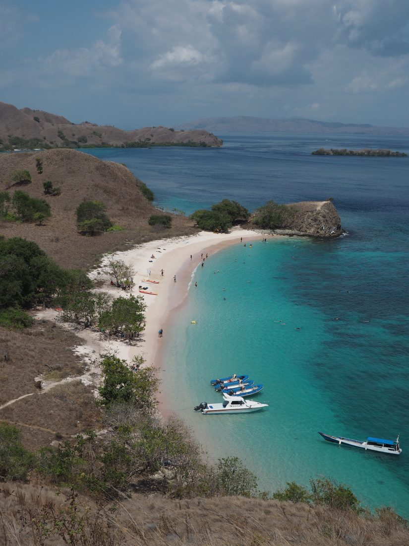 sailing cruise Star clipper Indonesia Komodo Island
