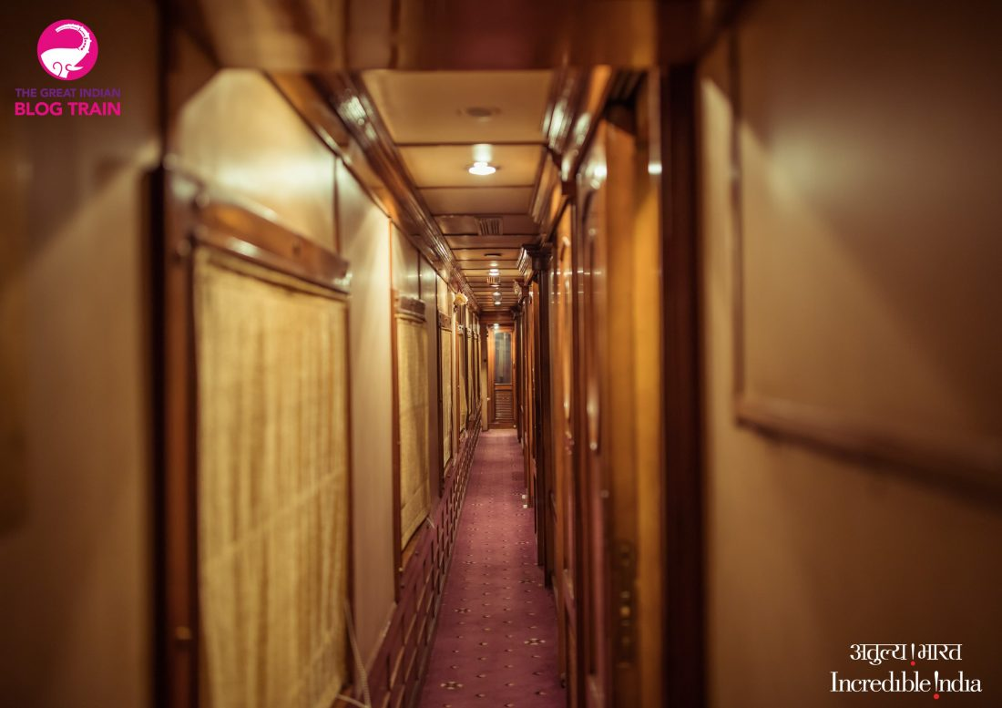 The golden chariot luxury train india-min