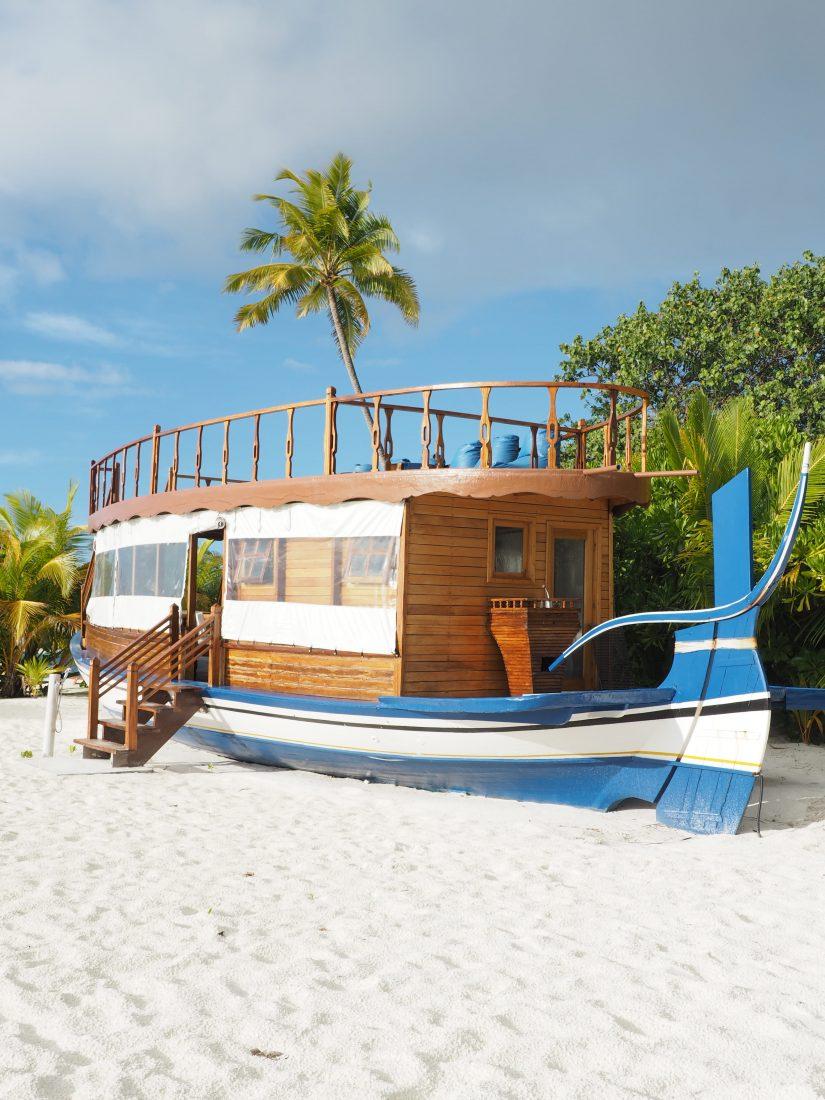 Maafushivaru Lunobo private island stay