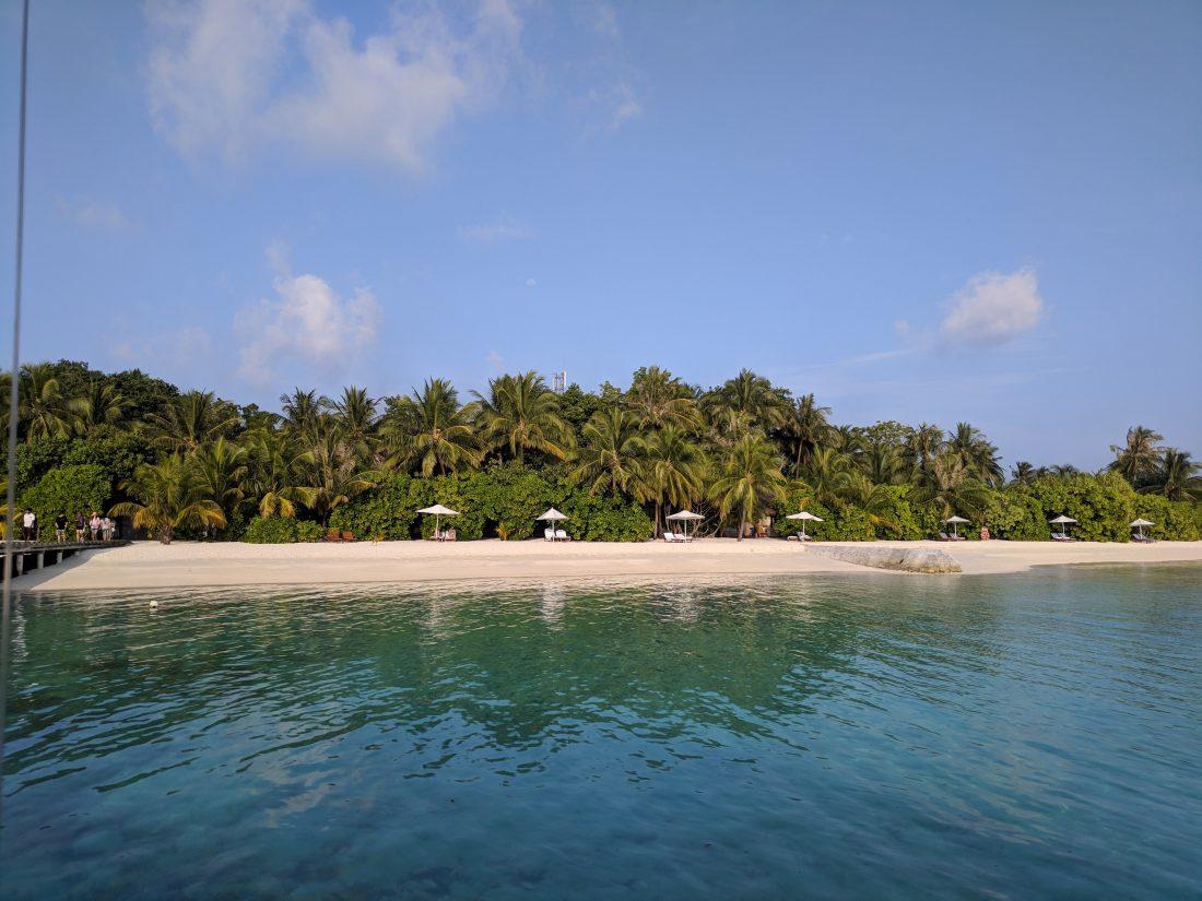 Maafushivaru resort-min