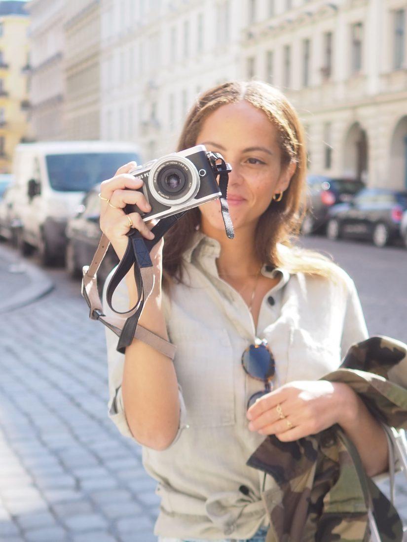Olympus pen e pl9 camera
