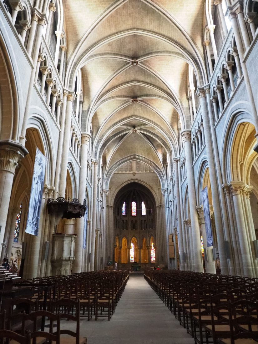 A Lausanne guide - One of the most beautiful cities in Switzerland cathedral