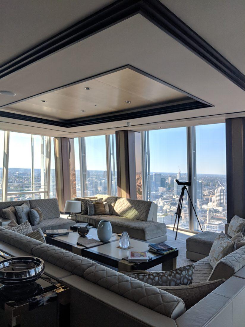 Suite Shangri La London