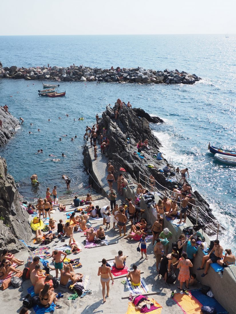 One day in Cinque Terre Pictures Manarola beach
