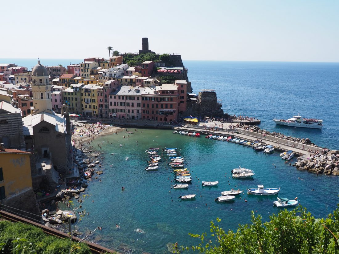 One day in Cinque Terre Pictures Vernazza