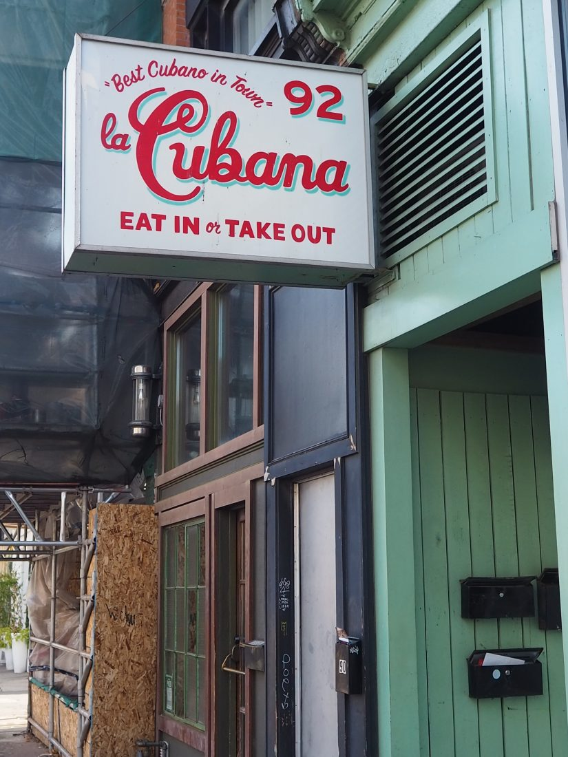 3 days in Toronto - Cool things to do in Toronto - Food guide cool restaurant in Toronto La Cubana