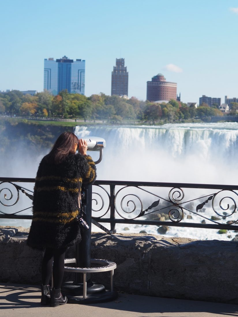 Niagara Falls trip from Toronto - How to see the Niagara Falls - travel blogger