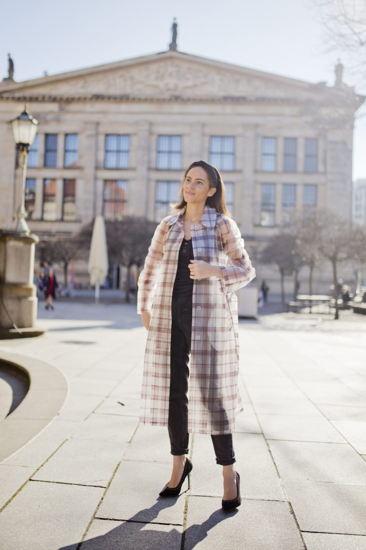 German influencer Maje transparent check coat - Outfit 3