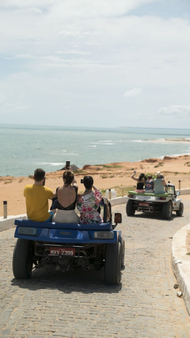 Canoa Quebrada | Fortaleza's highlight : sand dunes, red