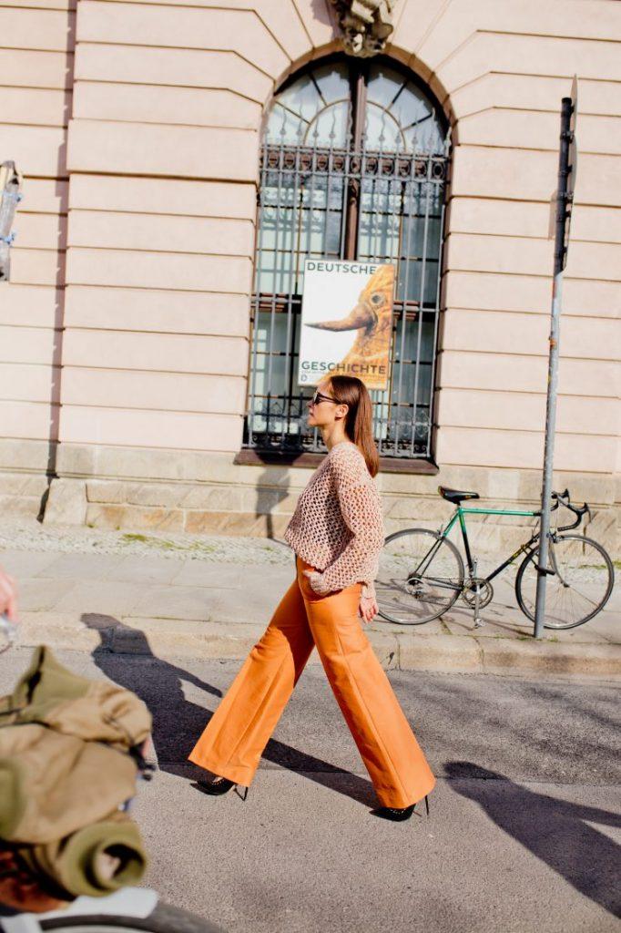 outfit orange pants