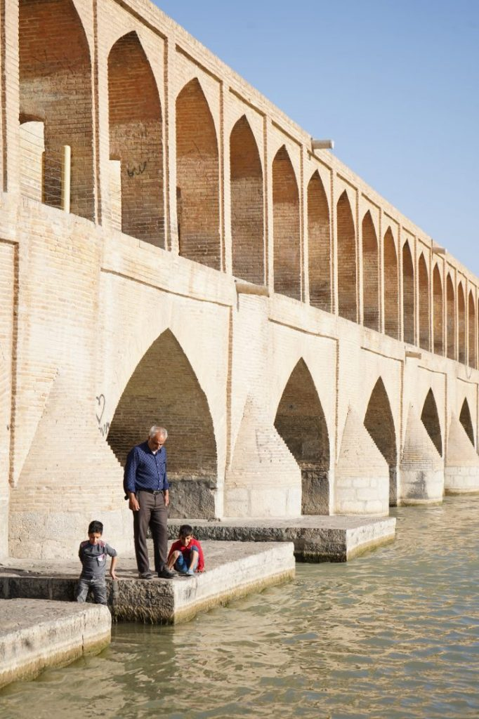 Places to visit in Iran - Iran itinerary with Igopersia Bridge Isfahan 4