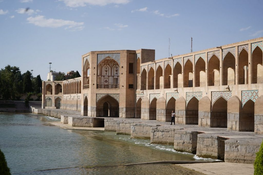 Places to visit in Iran - Iran itinerary with Igopersia Isfahan bridge