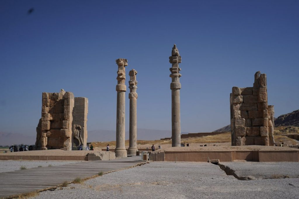 Places to visit in Iran - Iran itinerary with Igopersia Persepolis 1