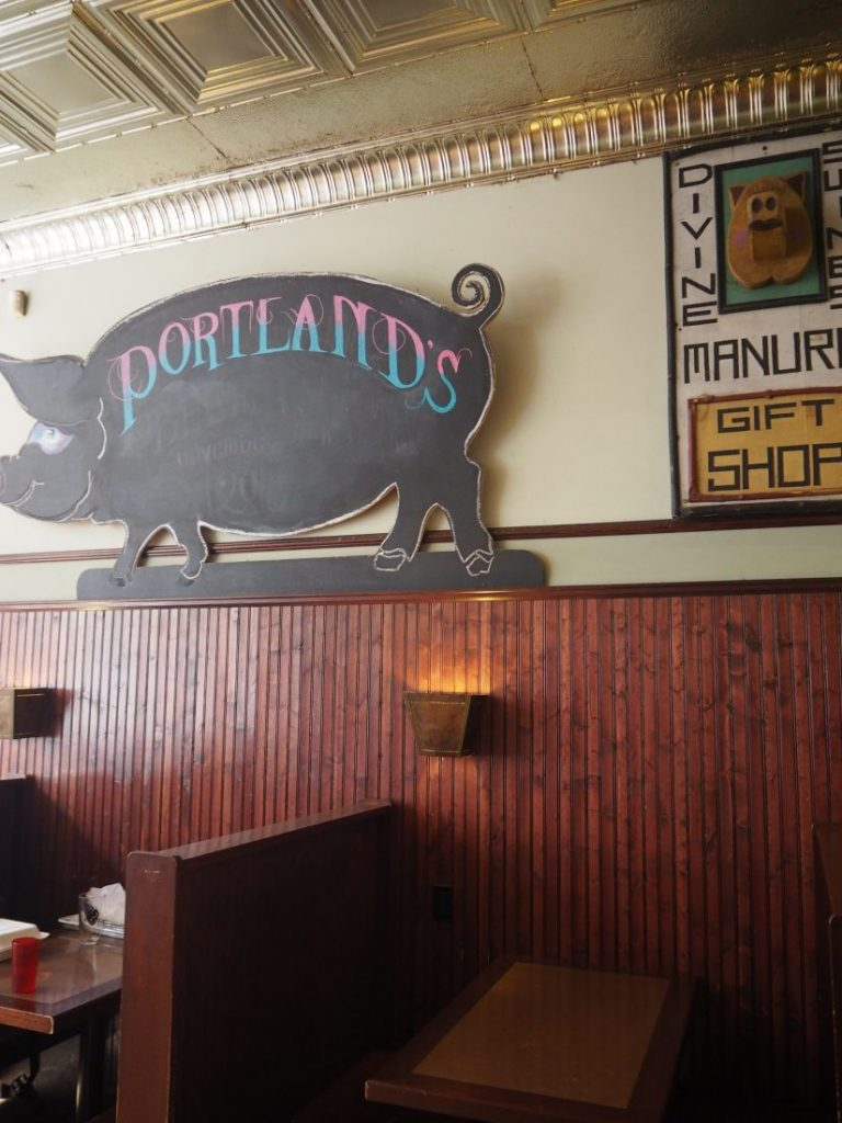 Food tour in Portland Thisrty Pig bis-min