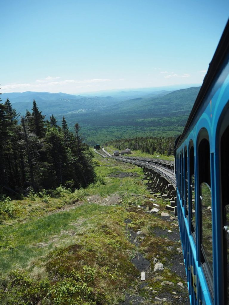 New England road trip Itinerary white mountains cog train 2-min
