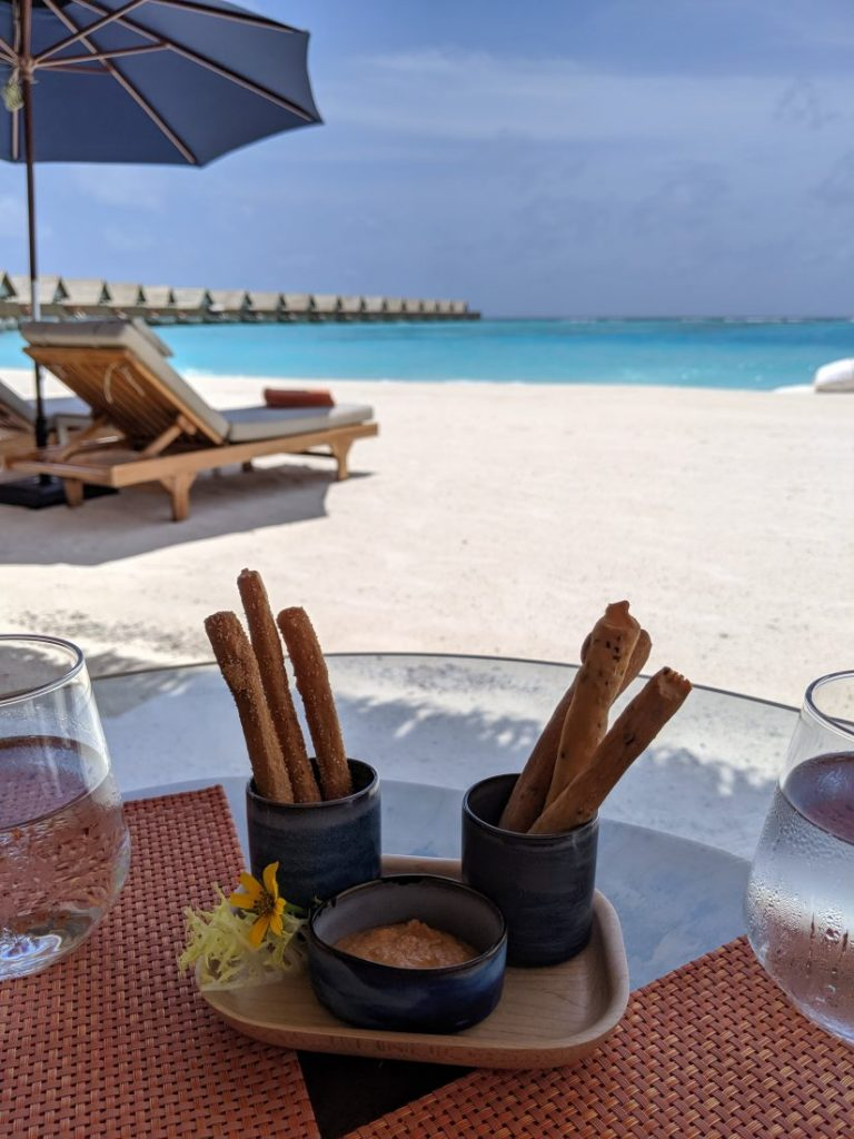 Review – Faarufushi Maldives resort in Raa Atoll restaurant 2