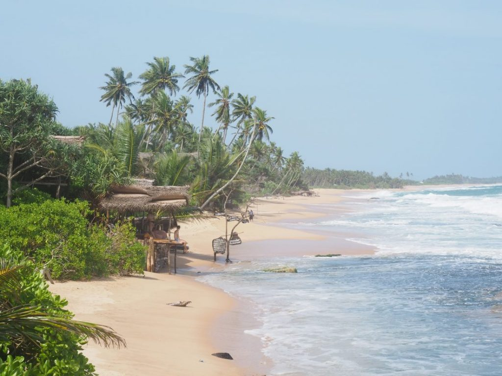 Sri Lanka itinerary - Sri Lanka travel blog Marakolliya beach