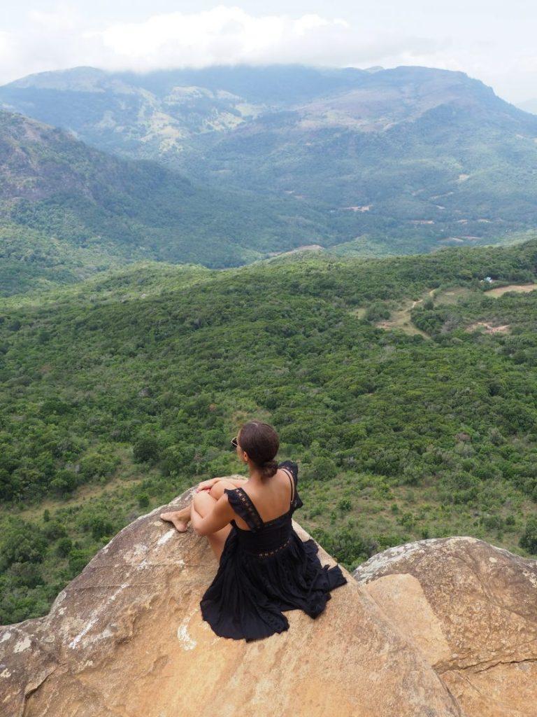 Sri Lanka itinerary - Sri Lanka travel blog Mini World's end 1