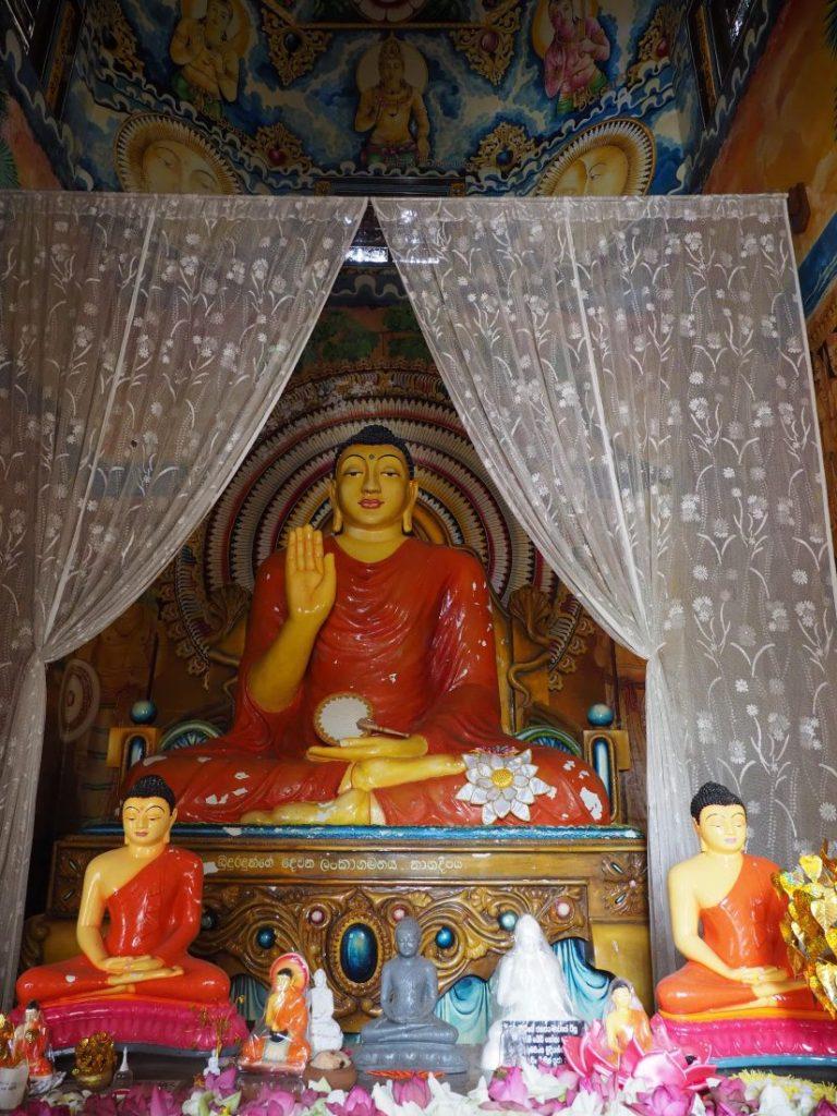 Sri Lanka itinerary - Sri Lanka travel blog Nagadeepa purana viharaya 2