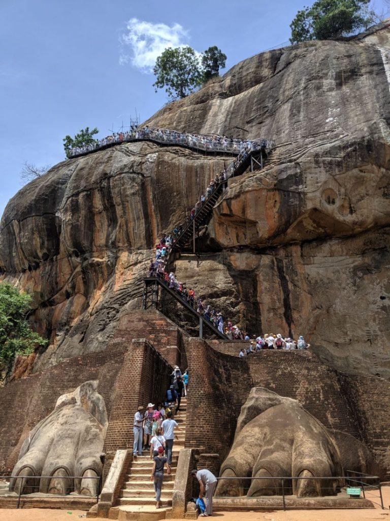 Sri Lanka itinerary - Sri Lanka travel blog must see in Sri lanka Sigiriya rock