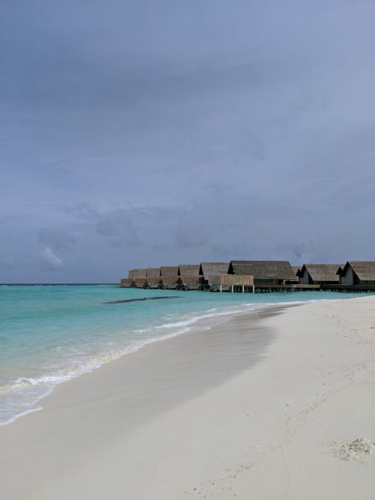 reviewFaarufushi Maldives resort in Raa Atoll3