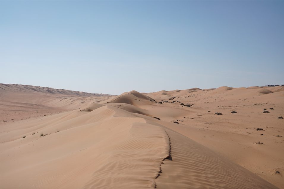 Dunes at Wahiba sands 10 days Oman road trip itinerary