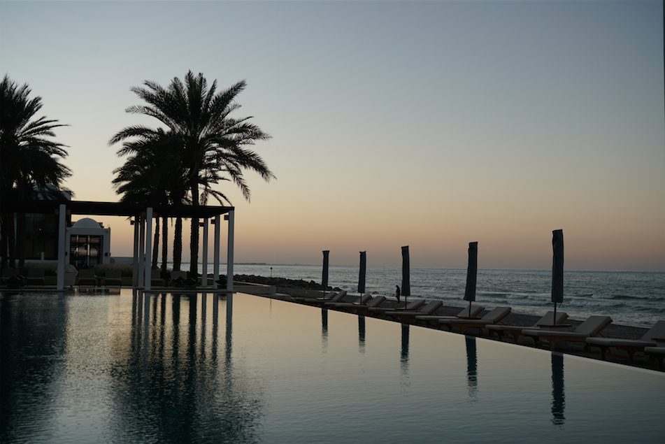 Where to sleep in Muscat - Chedi Muscat pool 2