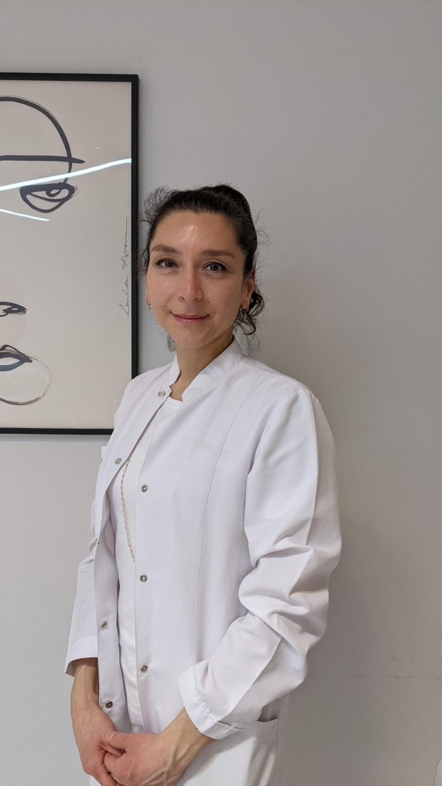 Review - Skin Booster Restylane at DocBoom Berlin Dr Yaban